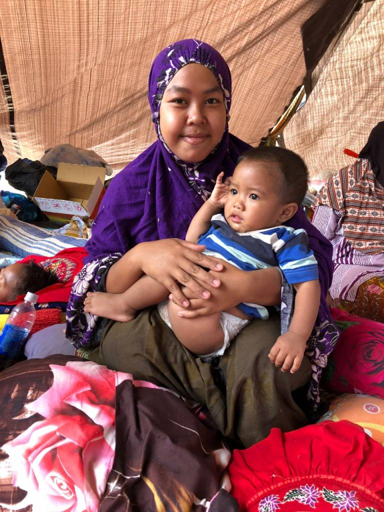 Powerful earthquakes and hundreds of aftershocks have continued for several weeks on the island of Lombok, Indonesia, leaving behind damage and heartbreaking loss. Credit: IFRC/Indonesian Red Cross