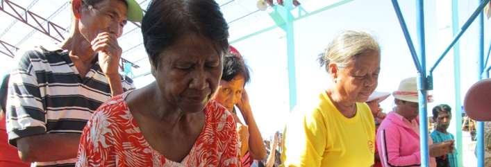 Red Cross Cash Grants Help People in the Philippines Recover
