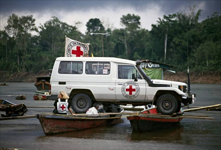 8 incredible photos to honor World Red Cross and Red Crescent Day